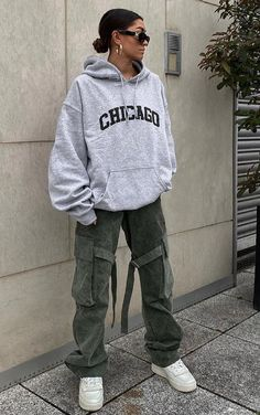 Swaggy Outfits, Tomboy Outfits, Tomboy Fashion, Teen Fashion Outfits, Retro Outfits, Cute Casual Outfits, Streetwear Fashion, Streetwear Clothing, Tomboy Style