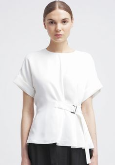7 Online Fashion Stores That NEED to Ship to the U. via shop, save, smile, Womens Fashion Stores, Womens Clothing Stores, Online Fashion Stores, Fashion Brands, Clothes For Women, Cheap Boutique Clothing, Clothing Sites, Golf Clothing, Fashion Boutique