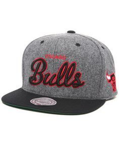 best website e2def cf61d Hip Hop Outfits, Snap Backs, Fitted Caps, Bad Hair Day, Chicago Bulls