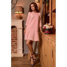 Rochie cu pliuri si maneci trei sferturi roz deschis Simple Dresses, Formal Dresses, Maternity Dresses, One Piece Swimsuit, Cold Shoulder Dress, Swimsuits, Lingerie, Casual, Model