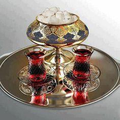 Turkish tea Read More by dorrifar - Cook it - Tea Glasses Turkish Delight, Turkish Coffee, The Chai, Tee Set, Tea Cafe, Tea Glasses, Tea Culture, Fun Cup, My Cup Of Tea