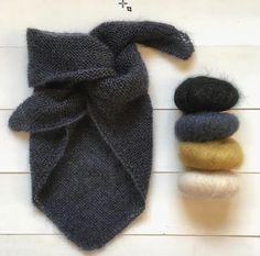 knitting headband easy \ knitting headband - knitting headband patterns free - knitting headband pattern - knitting headbands for beginners - knitting headband free pattern - knitting headband patterns free easy - knitting headband easy Knitting Patterns Free, Free Knitting, Baby Knitting, Crochet Baby, Knit Crochet, Scarf Patterns, Easy Knitting Projects, Knitting For Beginners, Crochet Projects