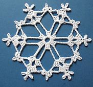 Ravelry: Bells, Flakes, and Tree Skirt Edging: Snowflake A pattern by Patons