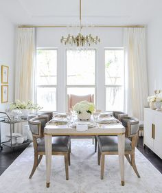 40 Simply But Elegant Dining Room Decoration Ideas - When you are shipping for dining room sets, it is anything but difficult to move toward becoming overpowered with every one of the decisions that are . Elegant Dining Room, Dining Room Sets, Dining Room Design, Dining Room Furniture, Dining Table, Furniture Design, Furniture Storage, Furniture Ideas, Rooms Home Decor
