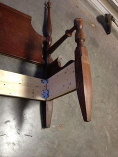 How to Make a Bench From an Old Headboard/footboard
