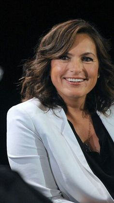 Mariska Hargitay-Marilyn worked with her mother Jayne Mansfield in Rome.She…