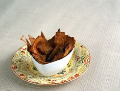 ike a feather-light crispy onion chip these crisps make it very easy to eat an entire onion in one sitting (but no onion breath). Vegan Recipes Easy, Real Food Recipes, Snack Recipes, Vegetarian Recipes, Free Recipes, Diet Snacks, Easy Snacks, Healthy Snacks, Gluten Free Snacks