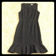 "Ann  Taylor dress Beautiful black dress with gorgeous clean lines, scalloped flowy bottom. 100% Silk shell. Size 0 petite, 35"" length. Ann Taylor Dresses Midi"