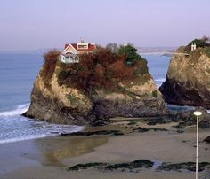 The House in the Sea, Newquay Island
