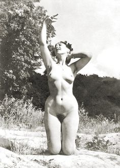 Why Aren't There More Women In Nudism / Naturism Today? - YNA