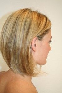 Short Trendy Hairstyles Who think short hairstyles are coolest? For women short haircuts are the coolest hair cut. Medium Short Hair, Medium Hair Cuts, Short Hair Cuts, Short Hair Styles, Hair Styles 2014, Shoulder Length Hair, Great Hair, Hair Today, Hair Dos