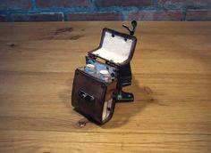Porte fiole steampunk en cuir avec fermoir à par YvoluspaCraft