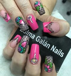 Nueva Stiletto Nail Art, Toe Nails, Cute Nail Art, Great Nails, Fingernails Painted, Chic Nails, Diamond Nails, Fancy Nails, Accent Nails