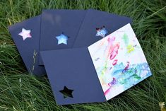 handmade Father's Day cards from toddler art (a Christmas version that young toddlers can join in with)