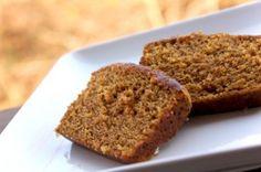 Hoe kun je zelf de lekkerste koolhydraatarme ontbijtkoek maken? Vind hier het recept voor koolhydraatarme ontbijtkoek of snijkoek!