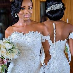 The Nigerian wedding page is dedicated to the style & class obsessed bride out there, offering fun & fantastic wedding ideas & inspirations on the latest wedding trends, DIY and more 💏💑👰💍💎💐🎂👫💄💇😘😍👌! Wedding Dress Backs, Lace Mermaid Wedding Dress, Dream Wedding Dresses, Bridal Dresses, Lace Wedding, Wedding Ceremony, Black Wedding Hairstyles, Bride Hairstyles, Fashion Hairstyles