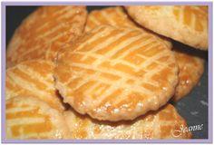 De délicieuses galettes au beurre salé bien fondantes que mes gourmands apprécient beaucoup. Desserts Français, Kinds Of Desserts, Dessert Recipes, Biscuit Cookies, Biscuit Recipe, Cas, French Cookies, Cookie Time, Cookie Crumbs