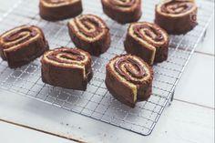 Una merenda golosa, un vortice irresistibile realizzato con la pasta biscotto bigusto e una ghiotta crema alle nocciole.