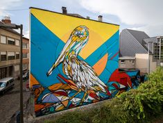 Murals of Animals and Insects on the Streets of Antwerp by 'Dzia'  http://www.thisiscolossal.com/2015/03/murals-of-animals-and-insects-on-the-streets-of-antwerp-by-dzia/