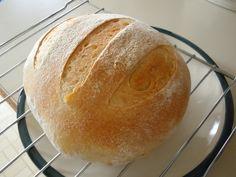 Country Bread, INGREDIENTS: 100g, homemade yeast 180g, water 200g, bread flour 150g, all purpose flour 1 teaspoon, honey 1.2 teaspoon, sea salt