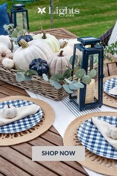 Outside Fall Decorations, Harvest Decorations, Fall Home Decor, Autumn Home, Holiday Decor, Sunflower Centerpieces, Thanksgiving Centerpieces, Thanksgiving Table, Autumn Decorating