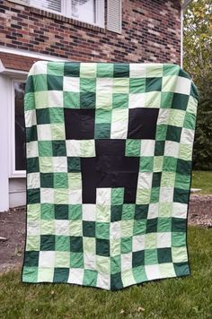 something wilde: A Creeper-y Quilt with instructions