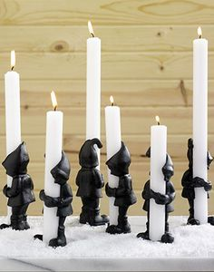 Elf candle holders for Christmas - cool Clay Projects, Clay Crafts, Diy And Crafts, Door Sixteen, Beton Design, Diy Candles, Candle Making, Ceramic Art, Candlesticks