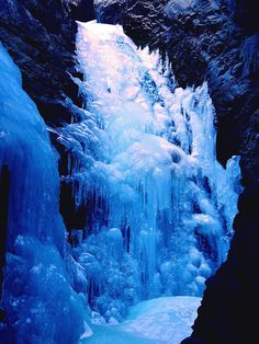 Just because its cold outside doesnt mean you cant enjoy the wonders of Colorados waterfalls. Idaho Springs, Pagosa Springs, Colorado Springs, Jefferson County, Estes Park, Rocky Mountain National Park, Winter Park, Great View, Rocky Mountains