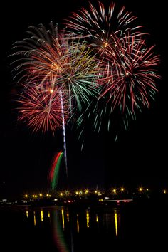 Fireworks over Fort McHenry, Baltimore, MD. Artex Paint, Independance Day, Fire Works, Hanabi, Event Photography, Baltimore, Maryland, History, Portrait