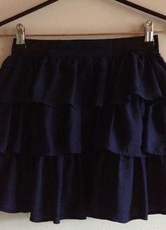 Kup mój przedmiot na #vintedpl http://www.vinted.pl/damska-odziez/spodnice/7955163-krotka-granatowa-spodniczka