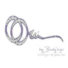 bijou de corps mariage Double Oui Min paillettes violettes et cristaux cristal