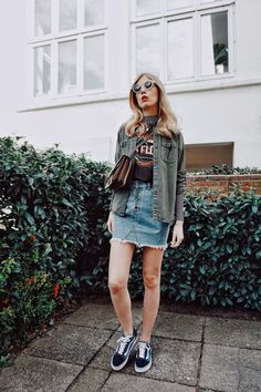 @euphoria_the Instagram, ootd, Outfit of the day, Outfit Inspiration, Summer Outfit, Jeansrock, Jeans skirt, Army Hemd, Bandshirt, Vans Old skool, Vans Old skool outfit, Gucci bag, Gucci dionysus, Daily Fashion, Los Angeles