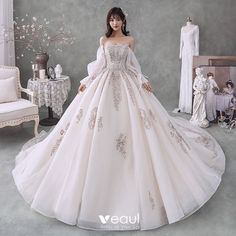 Luxus Ivory Brudekjoler 2020 Balkjole Off-The-Shoulder Beading Krystal Pailletter Langærmet Halterneck Royal Train Lace Wedding Dress, Princess Wedding Dresses, Bridal Wedding Dresses, Cheap Wedding Dress, Dream Wedding Dresses, Ivory Wedding, Quince Dresses, Ball Dresses, Ball Gowns