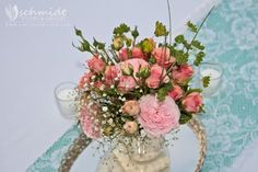 vintage wedding flowers...pinned by Colorway Jewelry: www.colorwayjewelry.etsy.com