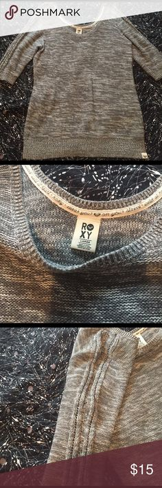 Roxy Sweater Beautiful comfortable 3/4 sleeve sweater. Great condition! Roxy Sweaters Crew & Scoop Necks
