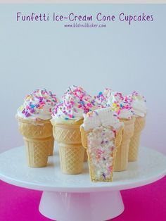 Funfetti Ice-Cream Cone Cupcakes are incredibly cute, summer cupcakes made by Blahnik Baker. Vanilla funfetti cupcakes are baked in mini ice-cream cones and Cônes Cupcake, Cupcake Recipes, Yummy Treats, Delicious Desserts, Sweet Treats, Yummy Food, Bolo Do Mario, Moist Vanilla Cupcakes, Vanilla Buttercream