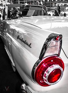 Ford Thunderbird...I'm not into cars or anything but these were beauties. The cars now are kinda....boring.