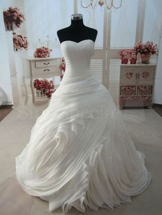 Amazing Gorgeous Ball Gown Sweetheart Chapel Train Organza Wedding Dress with Lace up #Wedding #Dress
