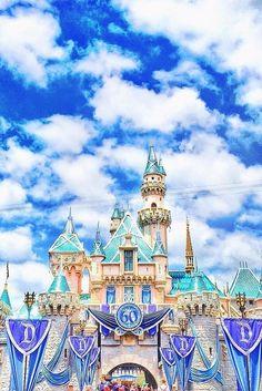 33 Things That Make Disneyland Better Than Disney World