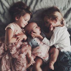 Yuna und Marie mit Maries kleiner Schwester Luisa
