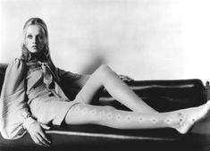 """satinandtat: """" Twiggy 1969 """" What I would do to have those tights. Black White Fashion, Twiggy, The Chic, Hottest Models, Fast Fashion, Black And White Photography, Supermodels, Photoshoot, Lady"""