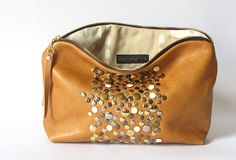 Zipper Pouch mixed metal studded eco leather by Beesnetta Mixed Metals, Bag Sale, Zipper Pouch, Heavy Metal, Purses And Bags, Fashion Shoes, Womens Fashion, Fashion Trends, Bees