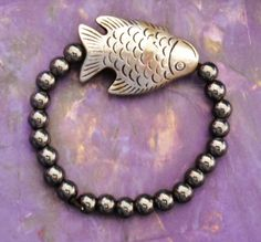 Grey silver big fish and black bead stretchy bracelet by AhrensGallery on Etsy