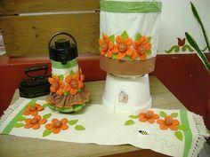 como+fazer+uma+capa+de+garrafa+termica+com+flores