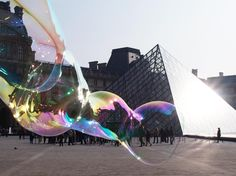 Bubbles in Paris!  Dr Zigs Extraordinary Bubbles used by Khaled Yossef - www.facebook.com/KhaledYoussefPhotographieEtPoesie