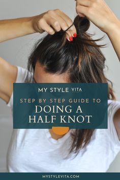 haar knot How to do a half top knot with short hair Short Hair Top Knot, Half Up Half Down Short Hair, Hair Knot, Half Bun, Knot Bun, Messy Bun For Short Hair, Short Hair Hacks, Bun Hair, Greasy Hair Hairstyles