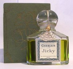 Perfumes Vintage, Antique Perfume Bottles, Parfum Guerlain, Lovely Perfume, Perfume Store, Perfume Making, Best Fragrances, Cosmetics & Perfume, Site Internet