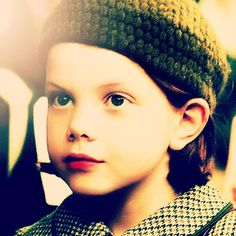 She was the cutest flipping child I've ever seen! Love the Lion, the Witch and the Wardrobe! Susan Pevensie, Lucy Pevensie, Peter Pevensie, Narnia Lucy, Georgie Henley, The Valiant, Film Movie, Movies, Chronicles Of Narnia