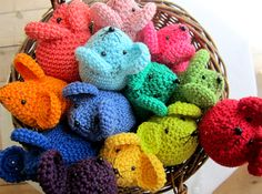 Oh how cute are these?! My little teething one loves to chew on anything crochet or knitted. Maybe some catnip and heavier yarn for some kitty friends as well <3