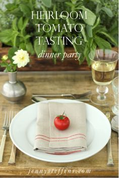 Heirloom Tomato Tasting Dinner Party Farm-to-Table Table Setting    http://jennysteffens.blogspot.com/2012/06/summer-table-setting.html